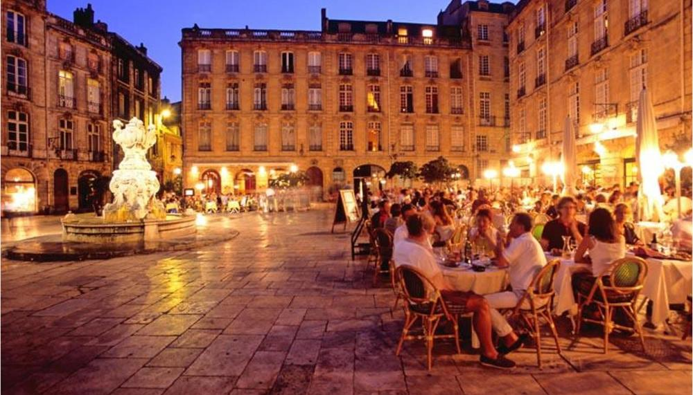Bordeaux Night Cafe